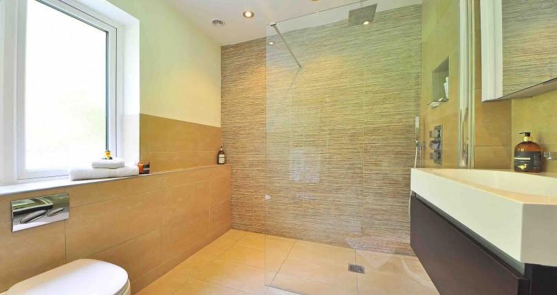 ¿Ducha o bañera en tu piso de Vallecas?